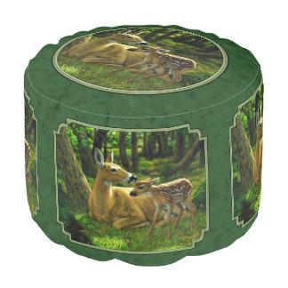 Ciervos y cervatillo Forest Green de la madre Puf