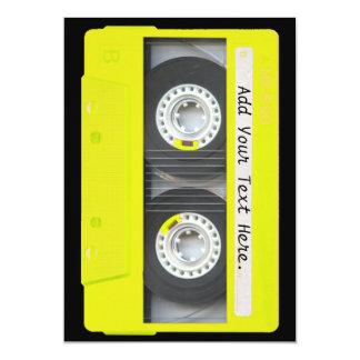 Cinta de casete adaptable de neón amarilla invitación 12,7 x 17,8 cm