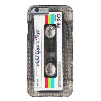 Cinta de casete retra divertida de música del funda barely there iPhone 6