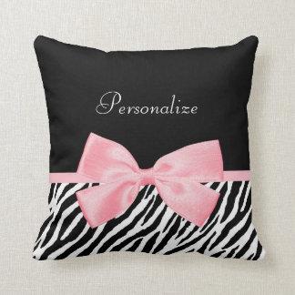 Cinta rosa clara suavemente femenina elegante del cojín decorativo