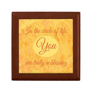 Círculo de la caja de regalo de madera de la vida
