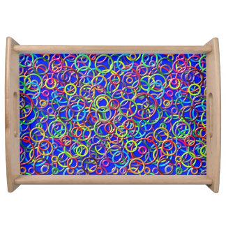 círculos 3D en la bandeja azul de la porción del