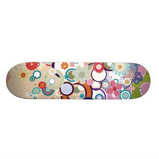 Círculos y pasteles florales retros de la primaver tabla de skate