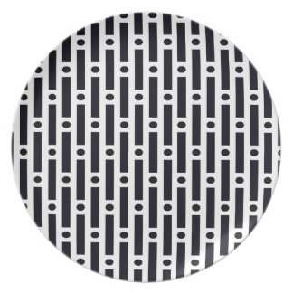 Círculos y rayas blancos y negros modernos plato para fiesta