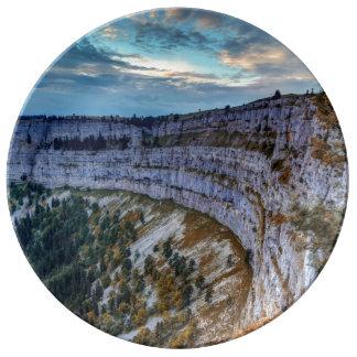 Cirque rocoso de Creux du Van, Suiza Plato De Porcelana