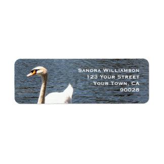 cisne en el lago etiqueta de remitente