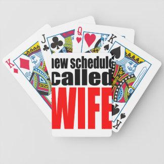 cita de la realidad del recién casado del horario baraja de cartas bicycle