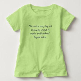 Cita de Rustin del mameluco del bebé