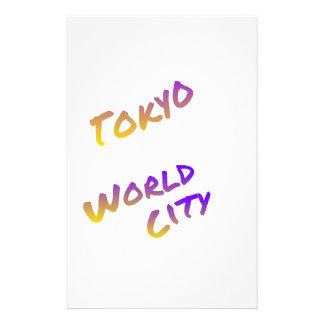 Ciudad del mundo de Tokio, arte colorido del texto Papelería