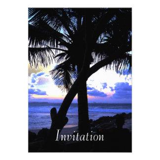 Claro de luna del azul de la invitación