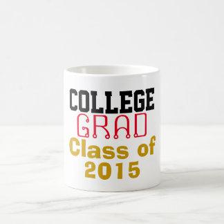 Clase graduada de la universidad de año taza de café