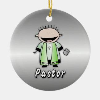 Clero religioso del pastor del empleo adorno navideño redondo de cerámica