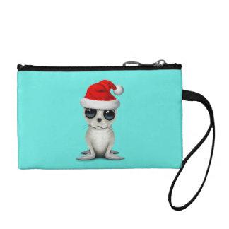 Clutch Tipo Monedero Sello ártico del bebé que lleva un gorra de Santa