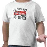 Coche de bomberos rojo hermano mayor camiseta