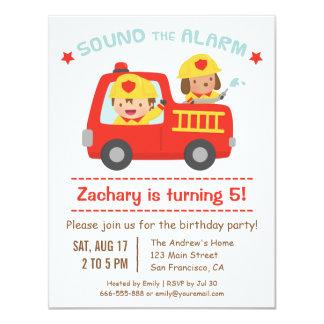 Coche de bomberos rojo, perro lindo y fiesta de invitación 10,8 x 13,9 cm