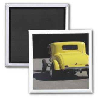 Coche de carreras de Dodge del amarillo 1932 Imán De Nevera