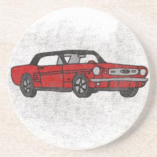 Coche de potro convertible rojo del vintage retro posavasos de arenisca