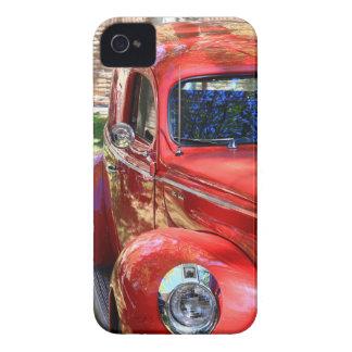 Coche rojo clásico iPhone 4 cárcasa