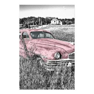 Coche rosado clásico del vintage papelería