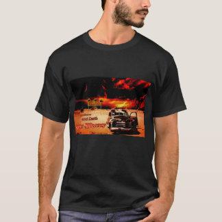 Coche solo del desierto camiseta