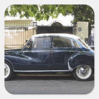 Coche viejo pero muy bien guardado de Audi Pegatina Cuadradas Personalizadas