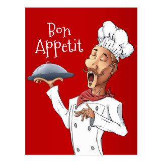 Cocinero cantante divertido en rojo postal