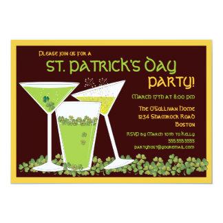 Cócteles y cerveza del verde del día de St Patrick Invitación 12,7 X 17,8 Cm