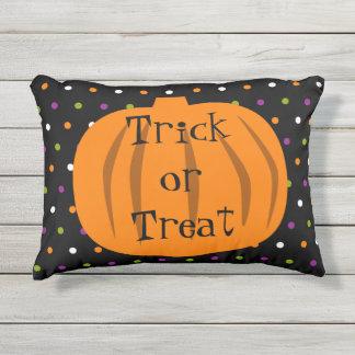 Cojín De Exterior Calabazas de Halloween del truco o de la