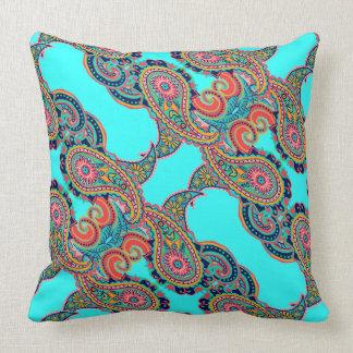 Cojín Decorativo Aguamarina brillante Paisley del arco iris
