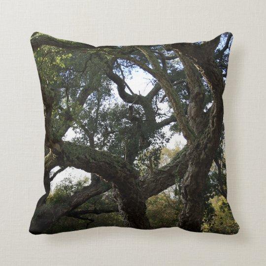 Cojín Decorativo Alcornoque o árbol del corcho, árbol elegante