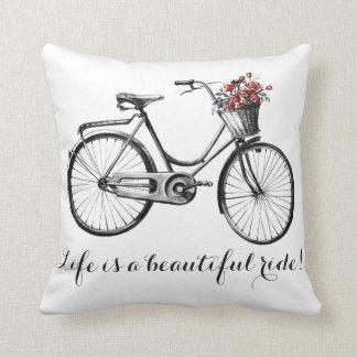 Cojín Decorativo ¡Almohada de la bici del vintage - la vida es