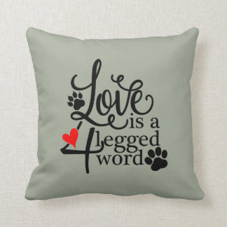 Cojín Decorativo Amor con 4 piernas