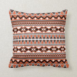 Cojín Decorativo ARCO azteca del modelo (personalice el monograma)