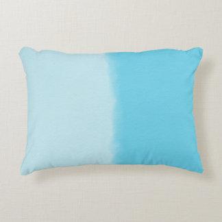 Cojín Decorativo Azul de cielo sombreado