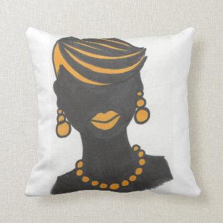Cojín Decorativo Chica de oro