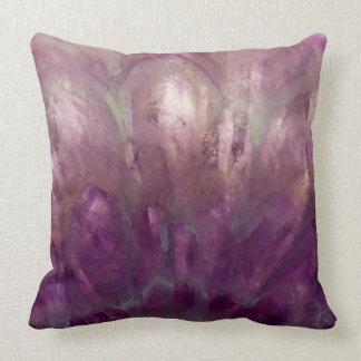 Cojín Decorativo Ciérrese para arriba de una amatista púrpura