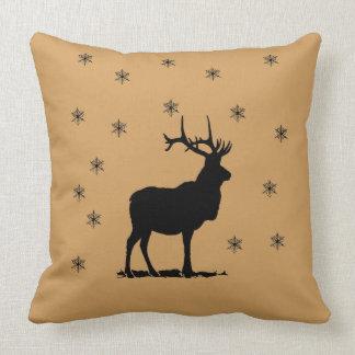 Cojín Decorativo Ciervos y copos de nieve