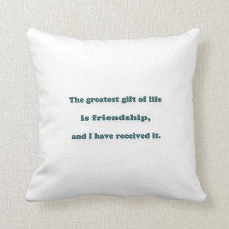 Cojín Decorativo Cita de la amistad - el regalo más grande de la