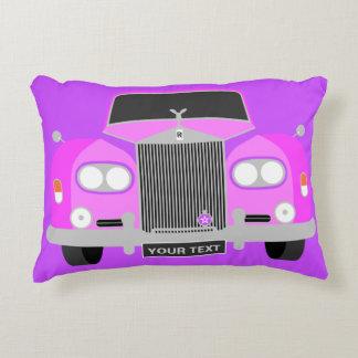 Cojín Decorativo Coche británico rosado clásico personalizado de la