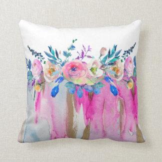 Cojín Decorativo Colores flúidos y ramo floral de las acuarelas