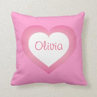 Cojín Decorativo Corazón rosado y blanco de la niña