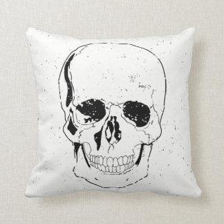 Cojín Decorativo Cráneo negro asustadizo apenado de Halloween