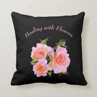 Cojín Decorativo Cura con diseño de los rosas de las flores