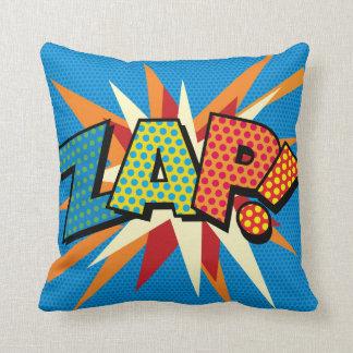 Cojín Decorativo ¡El arte pop del cómic ZAP! ¡PRISIONERO DE GUERRA!