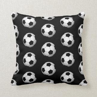 Cojín Decorativo El balón de fútbol de la diversión se divierte la