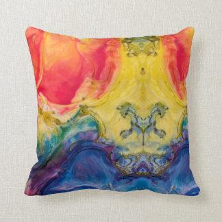 Cojín Decorativo El extracto remolinó arco iris de colores