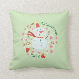 Cojín Decorativo El muñeco de nieve del navidad abraza verde de los