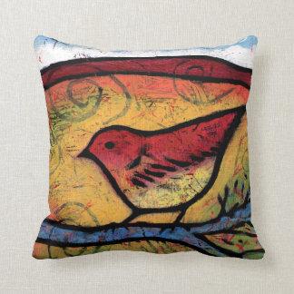 Cojín Decorativo El pájaro rojo oyó desierto la llamada