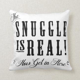 Cojín Decorativo El Snuggle es real, ahora consigue en aquí soporta