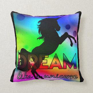 Cojín Decorativo ¡El sueño tiene gusto de un unicornio! - Diseño
